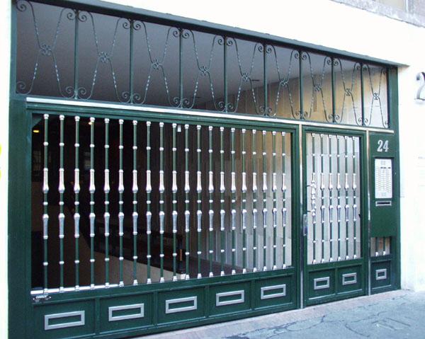 2 aplicaciones industriales puertas caren for Puertas de paso metalicas