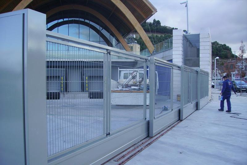 2 aplicaciones industriales puertas caren - Puerta corredera industrial ...