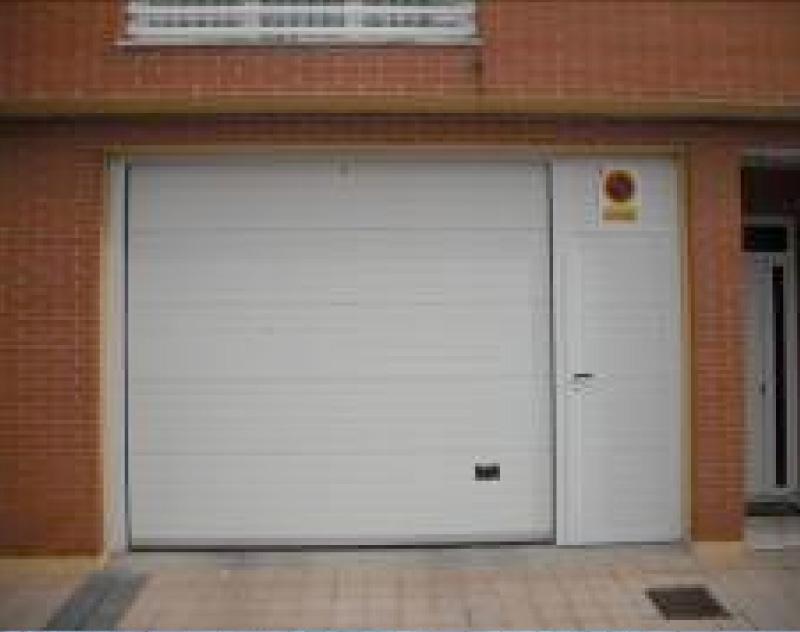 Precio puerta garaje enrollable kit motor enrollable acm - Motor puerta garaje precio ...